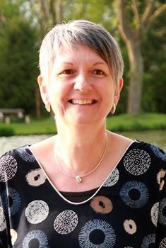 Anne SCHOUVELLER.jpg